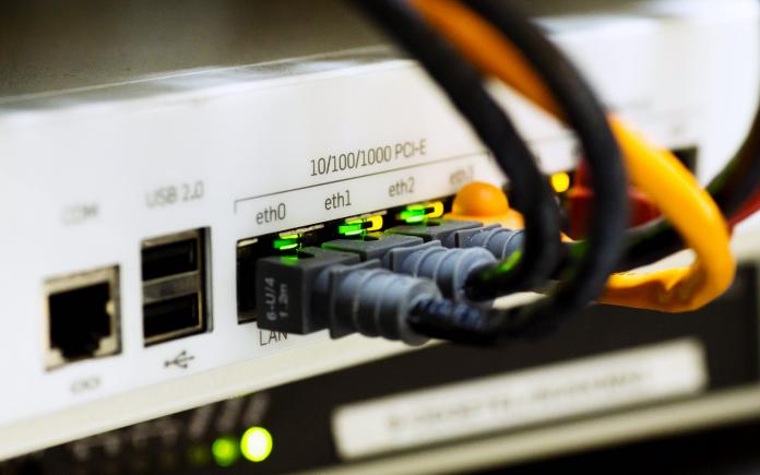 monitor kabel und bildschirm anschlüsse
